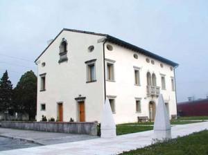Villa-Altan